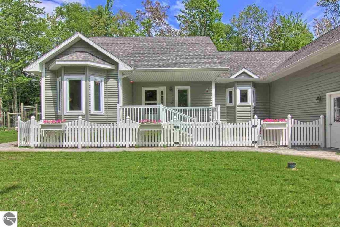 4546 Birch Point Road, Honor, MI 49640