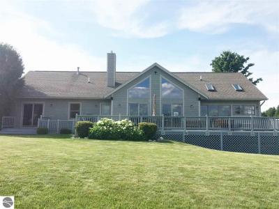 Photo of 5166 Arrowhead Circle, Williamsburg, MI 49690