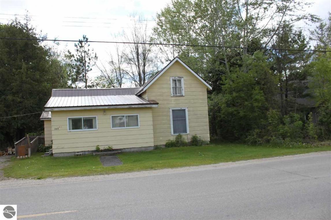 148 Rivershore Drive, Elk Rapids, MI 49629