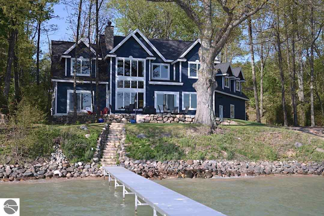 2312 SE Torch Lake Drive, Bellaire, MI 49615
