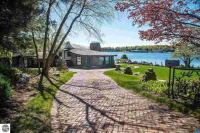 Photo of 1 Thistledowns, Charlevoix, MI 49720