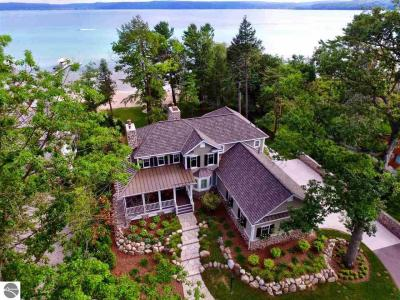 Photo of 5493 Northwood Drive, Glen Arbor, MI 49636