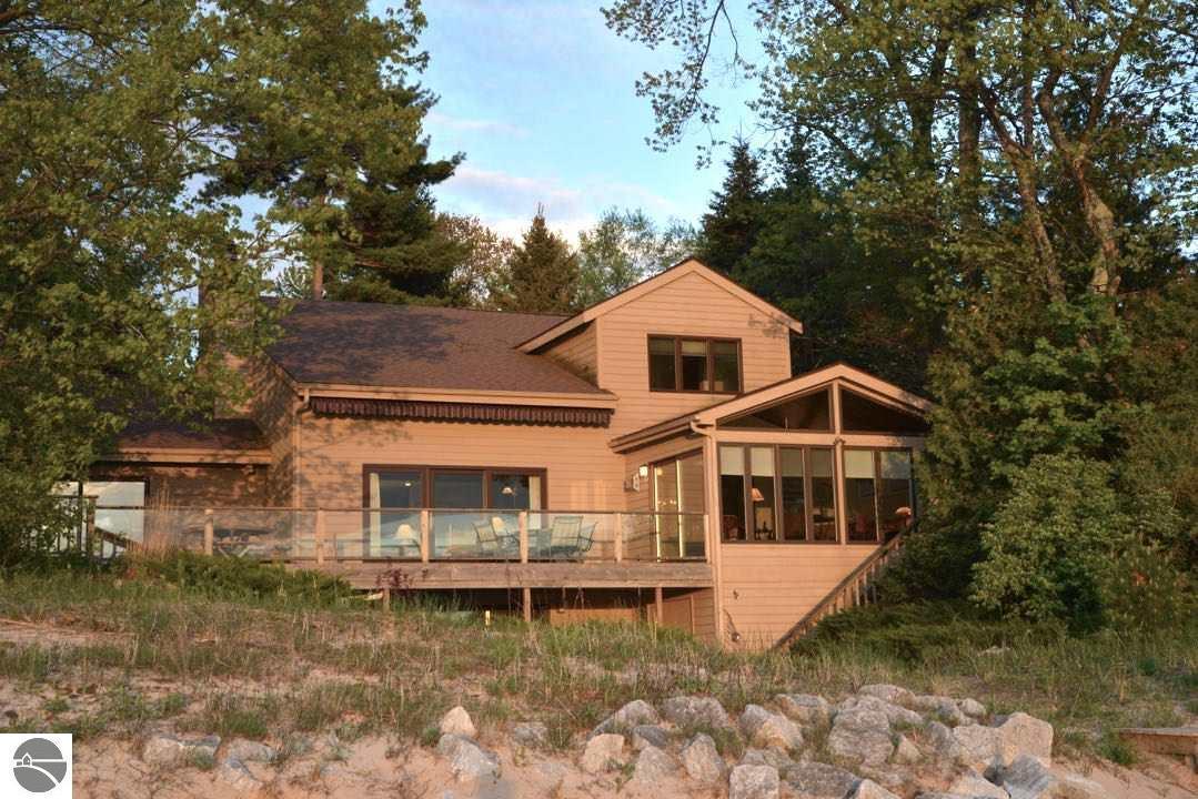 6766 W Harbor Drive, Elk Rapids, MI 49629