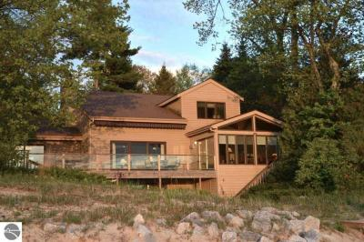 Photo of 6766 W Harbor Drive, Elk Rapids, MI 49629