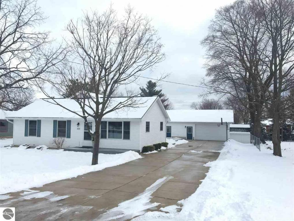223 Brand Street, Elk Rapids, MI 49629