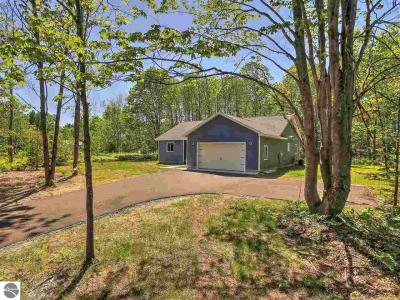 Photo of 1583 Round Lake Road, Interlochen, MI 49643