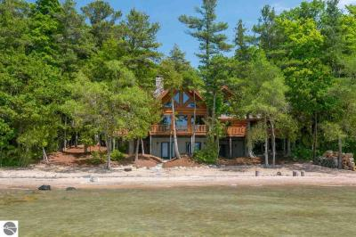 Photo of 17687 Whispering Trail, Traverse City, MI 49686