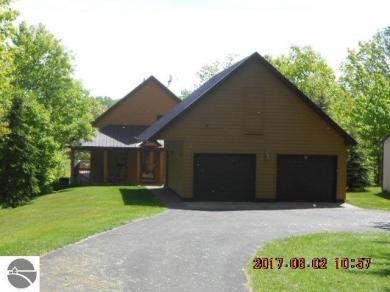 7112 W Blue Lake Road, Kalkaska, MI 49646