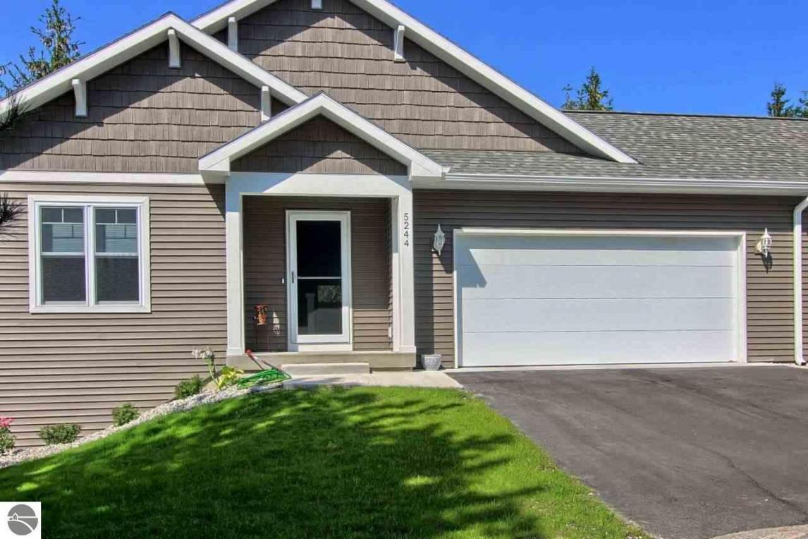 4225 Lone Pine Drive, Traverse City, MI 49684