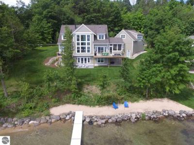 Photo of 1761 S Knorr Drive, Suttons Bay, MI 49682