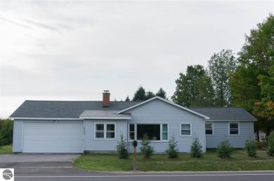 3553 E Long Lake Road, Traverse City, MI 49684