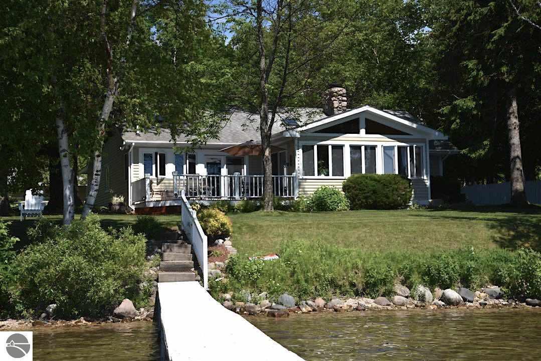 4135 Burch Terrace, Central Lake, MI 49622