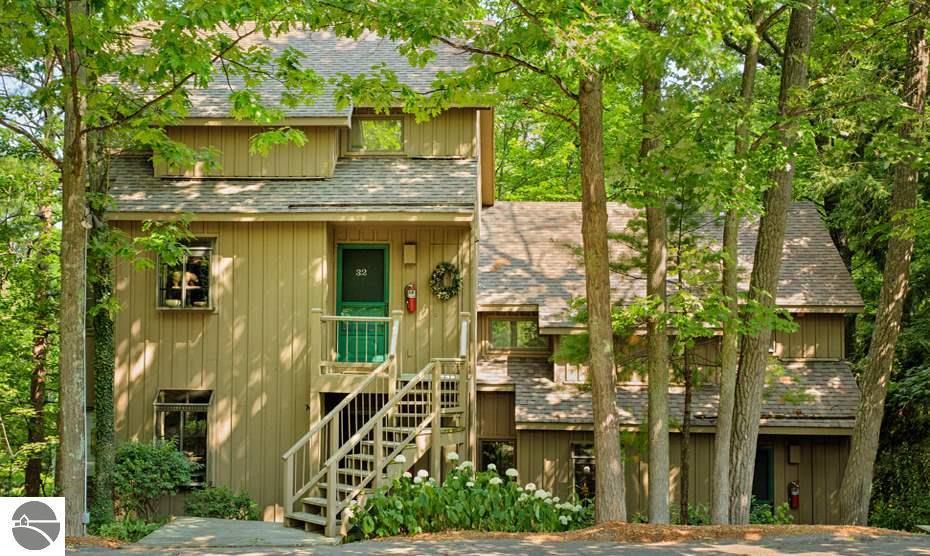 47 Hawks Nest #47, Glen Arbor, MI 49636