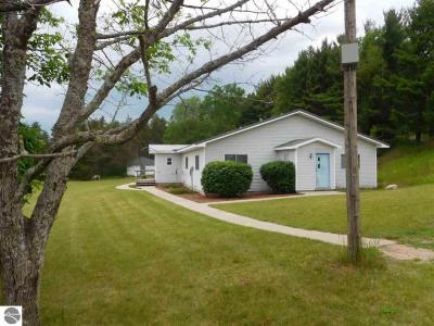 Photo of 10303 Nurnberger Road, Bear Lake, MI 49614