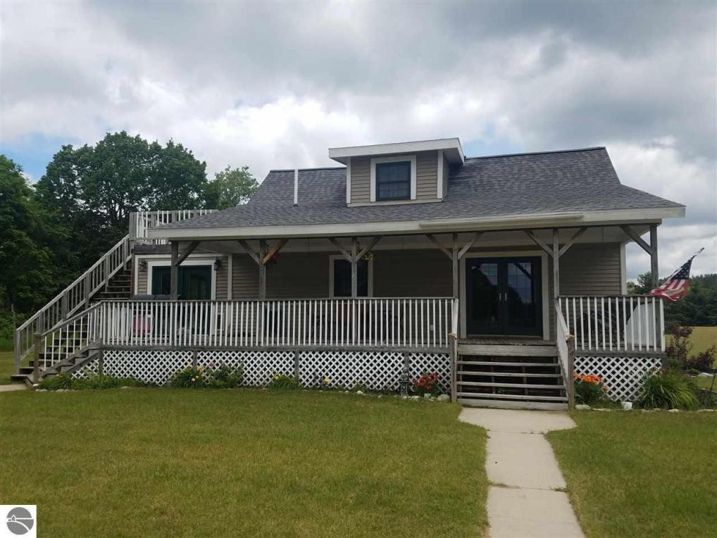 7022 Lake Ann Road, Lake Ann, MI 49650