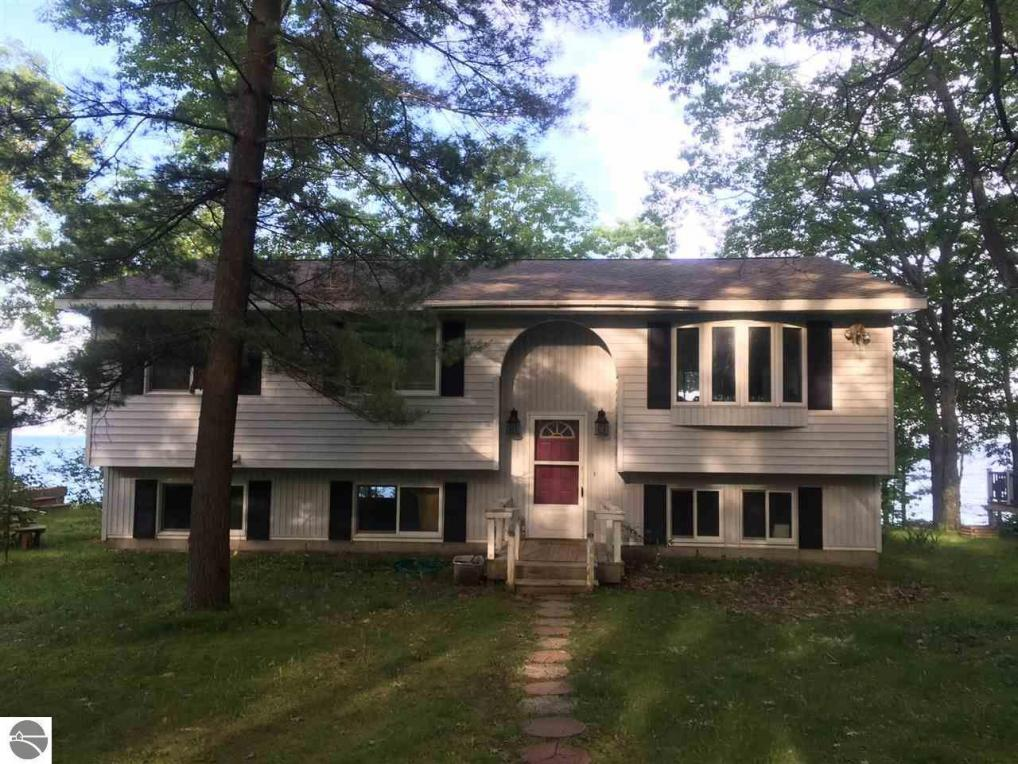 1719 S Sunrise Drive, Greenbush, MI 48737