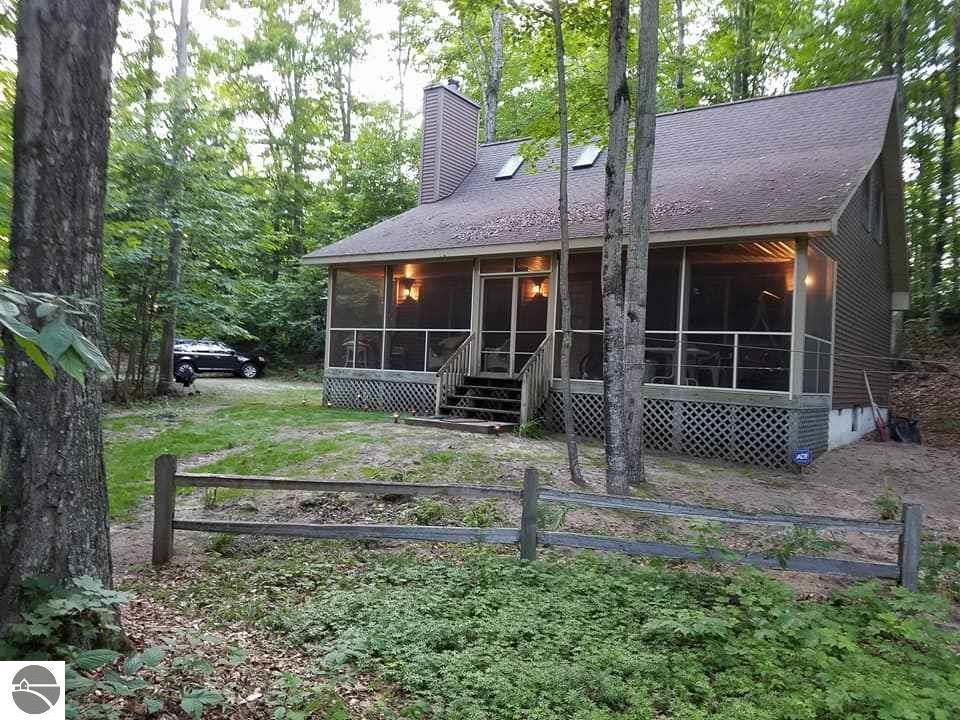 4196 Michigan Trail, Kewadin, MI 49648