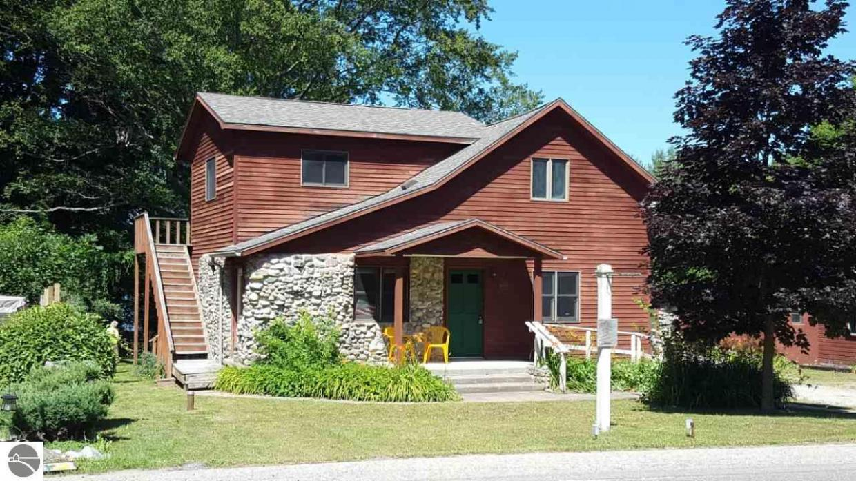 10190 S East Torch Lake Drive, Alden, MI 49612