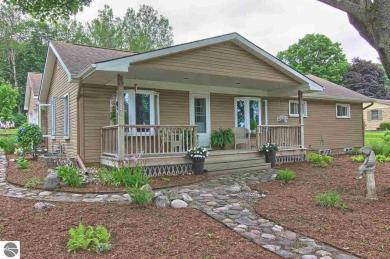 10282 E Grandview Road, Traverse City, MI 49684