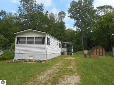 9839 Oak Drive, Lake, MI 48632