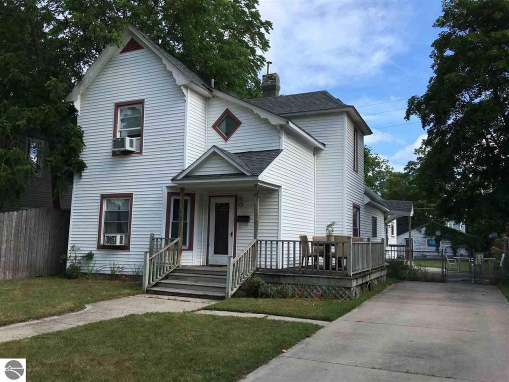 316 W Twelfth Street, Traverse City, MI 49684