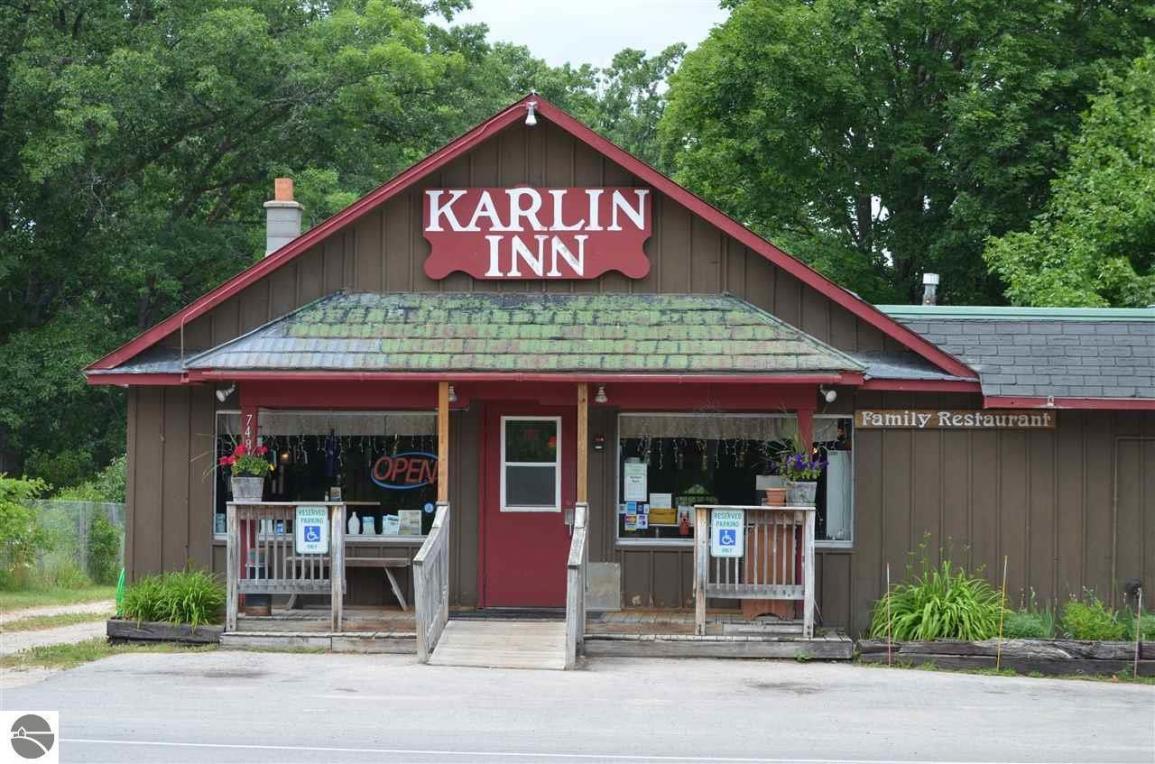 7484 Karlin Road, Traverse City, MI 49643