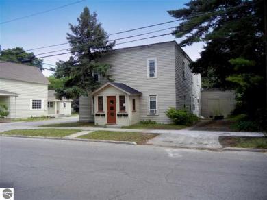 517 S Oak Street, Traverse City, MI 49684