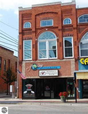 Photo of 145 E Center Street, Ithaca, MI 48847