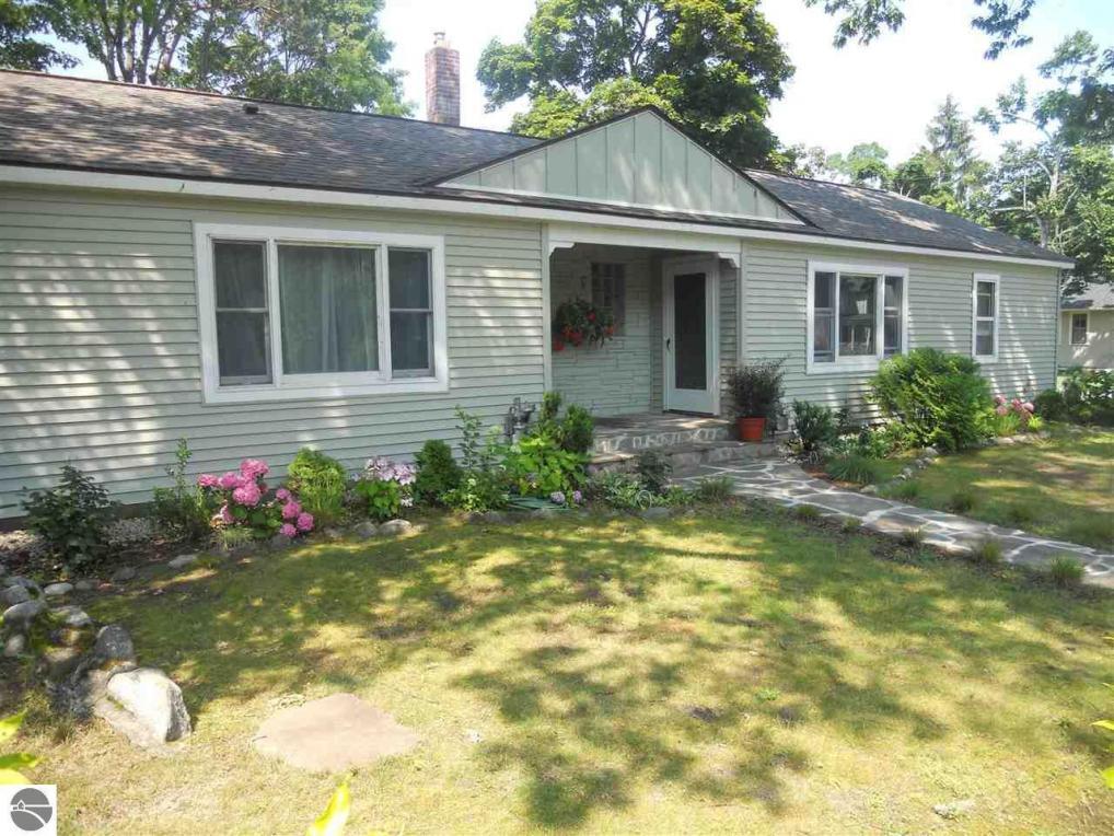 604 Ottawa, Elk Rapids, MI 49629