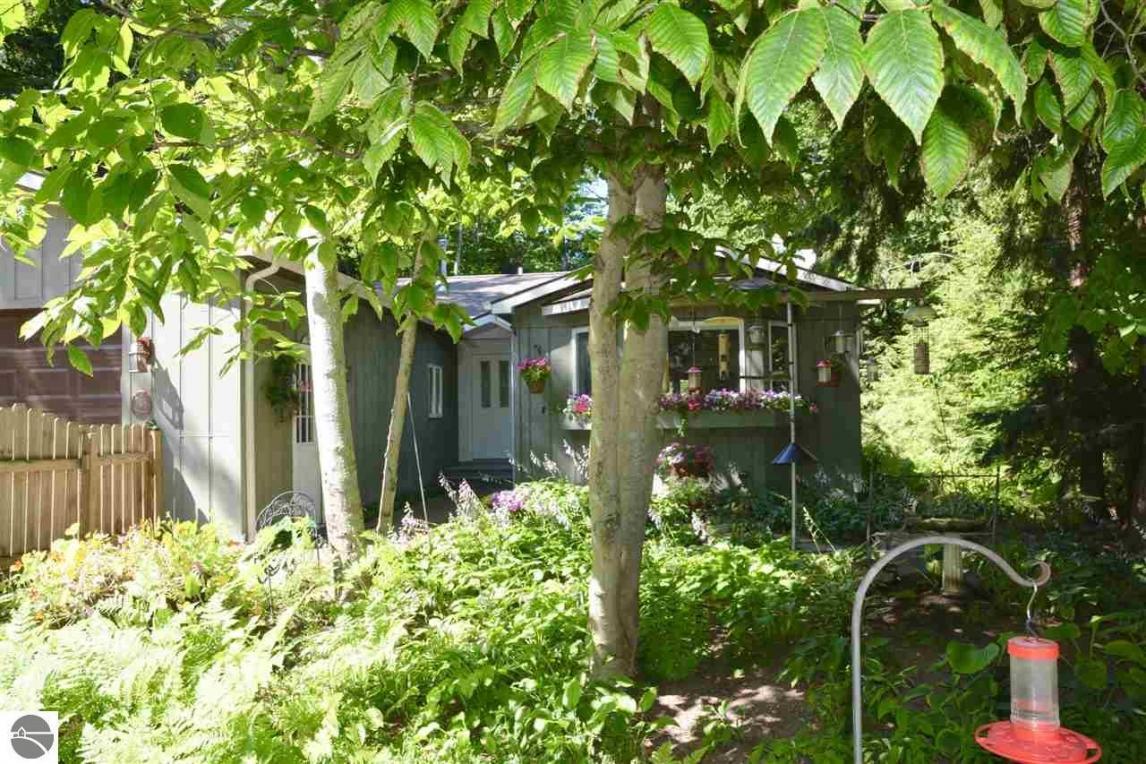 15600 E Cherry Park Drive, Northport, MI 49670