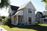 303 W Eleventh Street, Traverse City, MI 49684