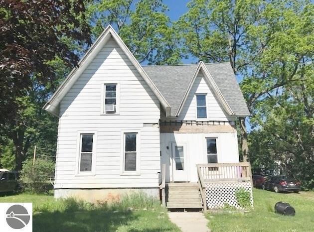 112 S Pine Street, St Louis, MI 48880