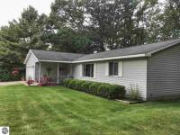 809 E Airport Road, Traverse City, MI 49686
