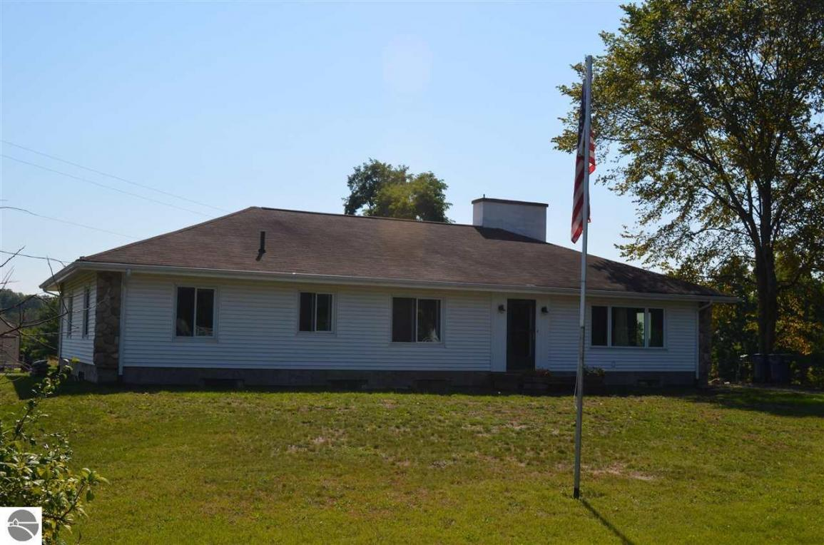 11910 Us-31 N, Williamsburg, MI 49690