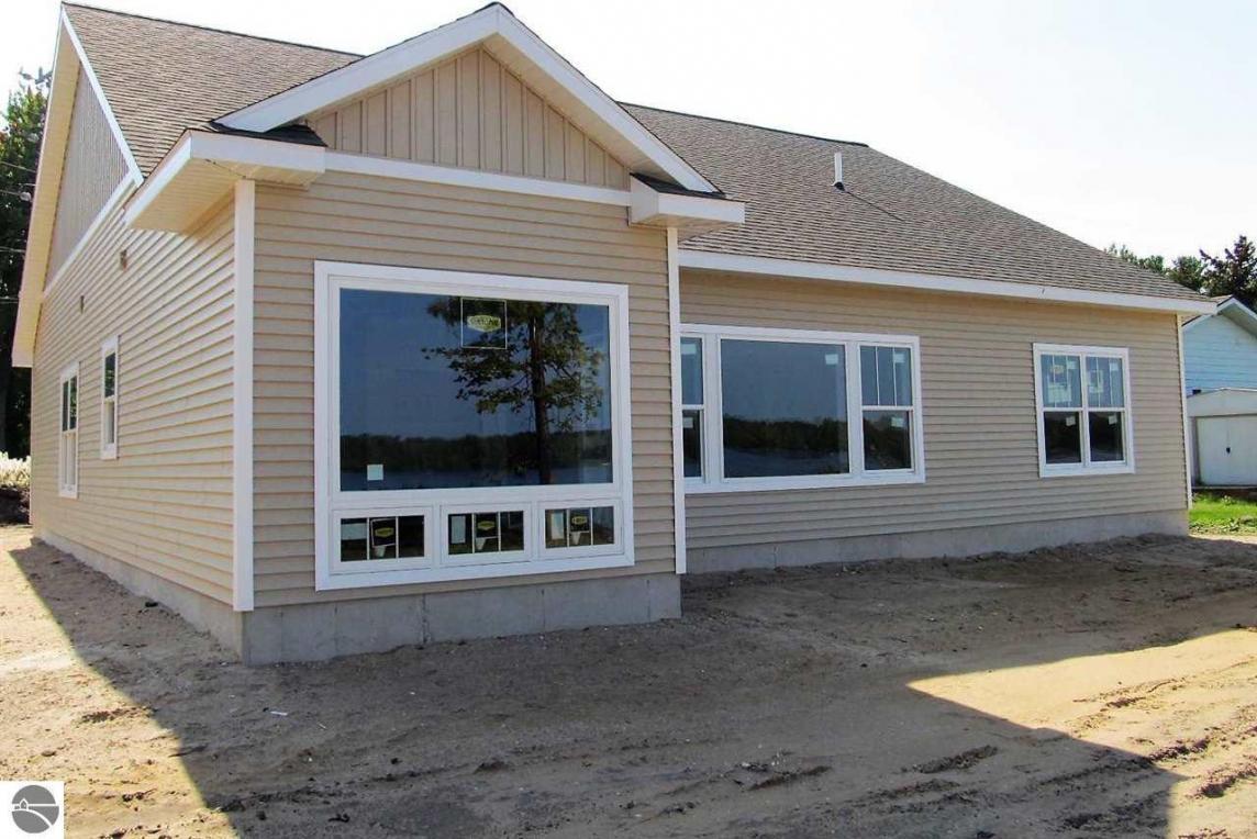 503 Lake Street, Elk Rapids, MI 49629