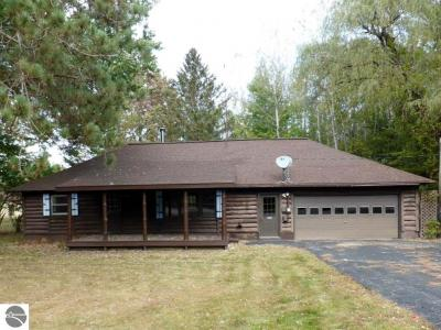 Photo of 7092 Cadillac Highway, Benzonia, MI 49616