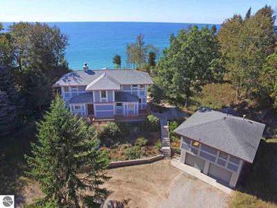 Photo of 1500 S Scenic Highway, Frankfort, MI 49635