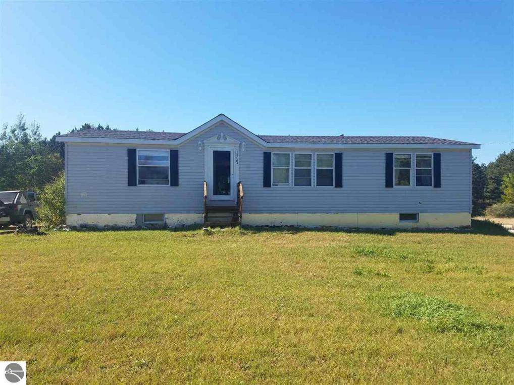 18064 Karlin Road, Thompsonville, MI 49683