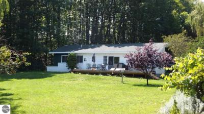 Photo of 7948 Benzie Highway, Benzonia, MI 49616