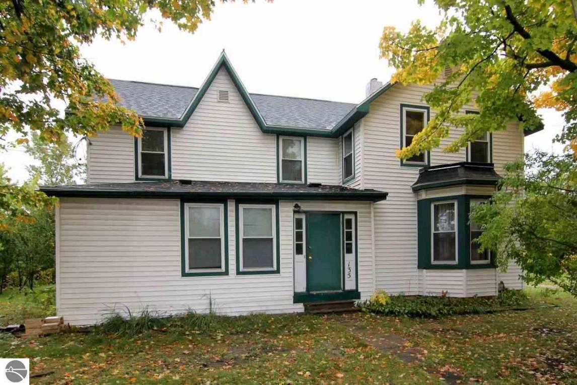 135 Ames Street, Elk Rapids, MI 49629