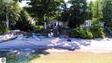14582 N Forest Beach Shores, Northport, MI 49670
