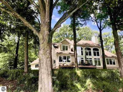 Photo of 5548 S Spyglass Ridge Drive, Suttons Bay, MI 49682