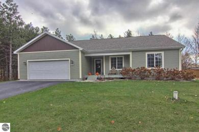 10342 Fencepost Lane, Traverse City, MI 49685
