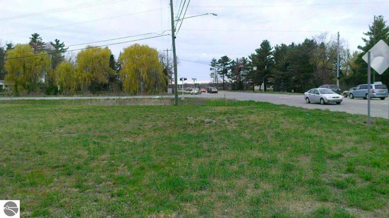 N Three Mile Road, Traverse City, MI 49686
