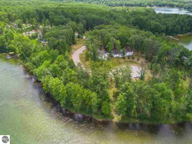 955 Tranquil Point Road, Traverse City, MI 49686