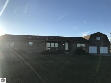 1586 Secor Farm Trail, Traverse City, MI 49684