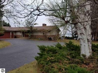 13544 Bluff Road, Traverse City, MI 49686