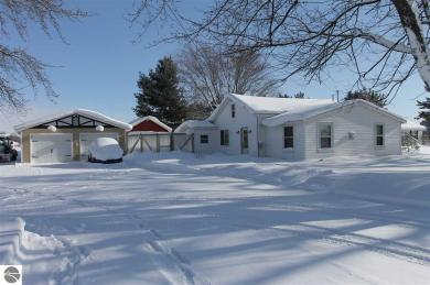 1047 S West Silver Lake Road, Traverse City, MI 49685