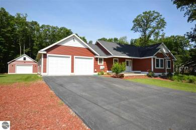 4365 Weatherwood Drive, Traverse City, MI 49685