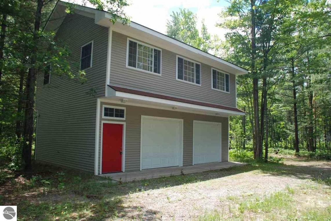 10825 NE Black Bear Road, Kalkaska, MI 49646